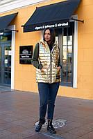 Жилетка стёганная женская большого размера с капюшоном, фото 3