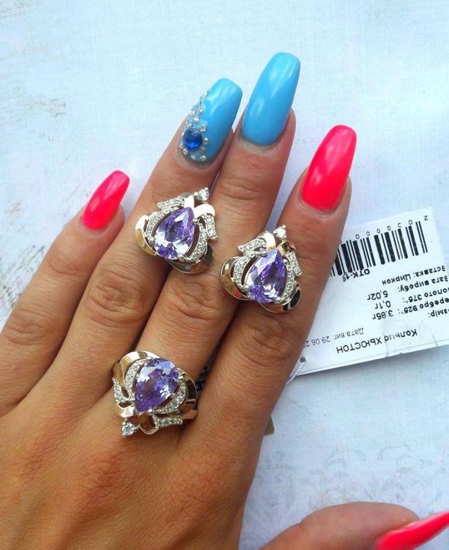 Набор масивных изделий в серебре с белыми и фиолетовыми камнями Хьюстон