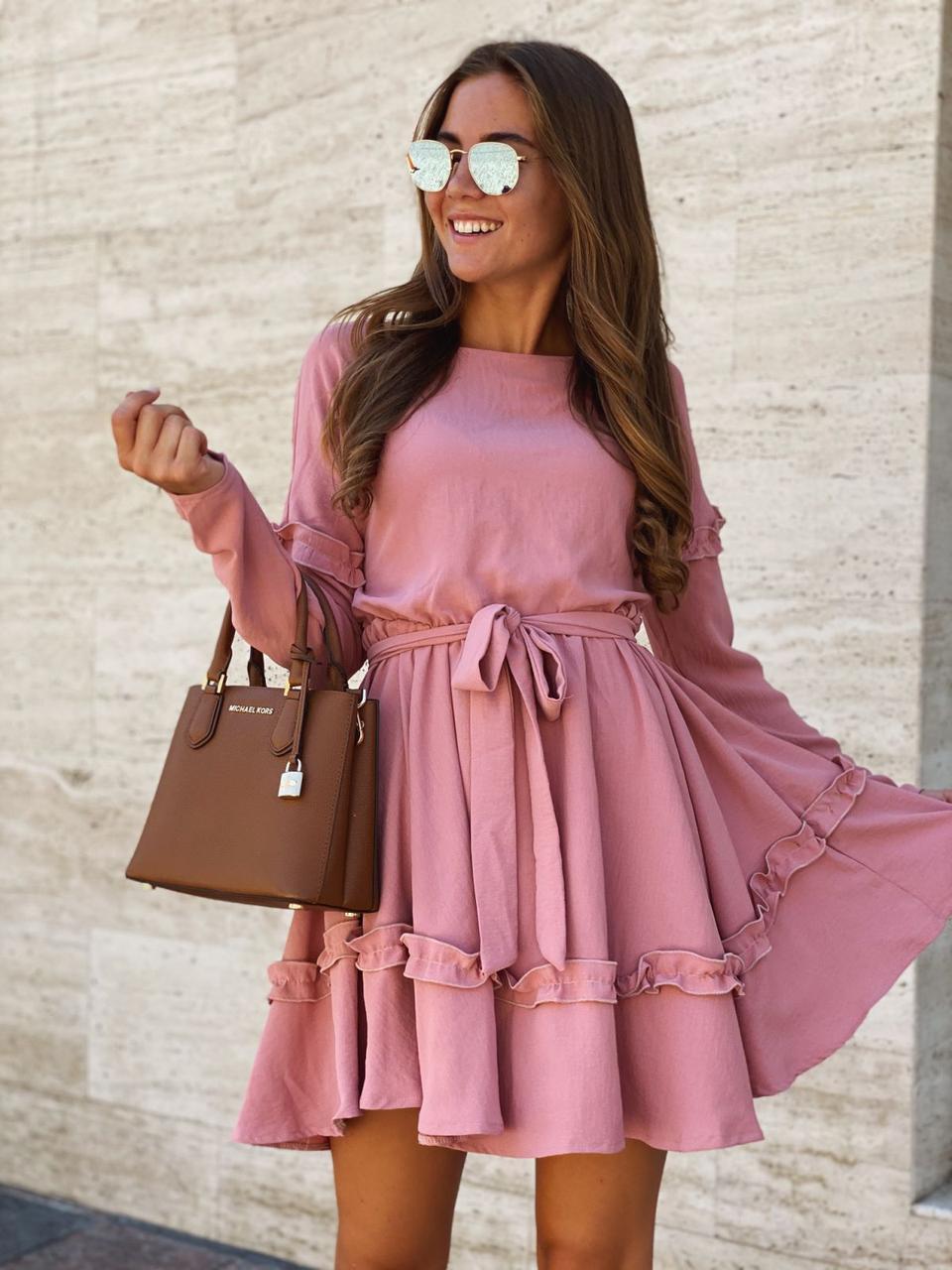 Романтичное приталенное платье с поясом 42-48 (в расцветках)