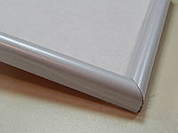 Рамка А4 (210х297).Ширина профиля 14 мм.Белый глянцевый.