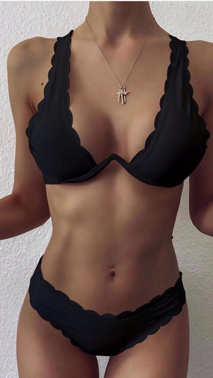 Купальник раздельный черный с волнистыми краями