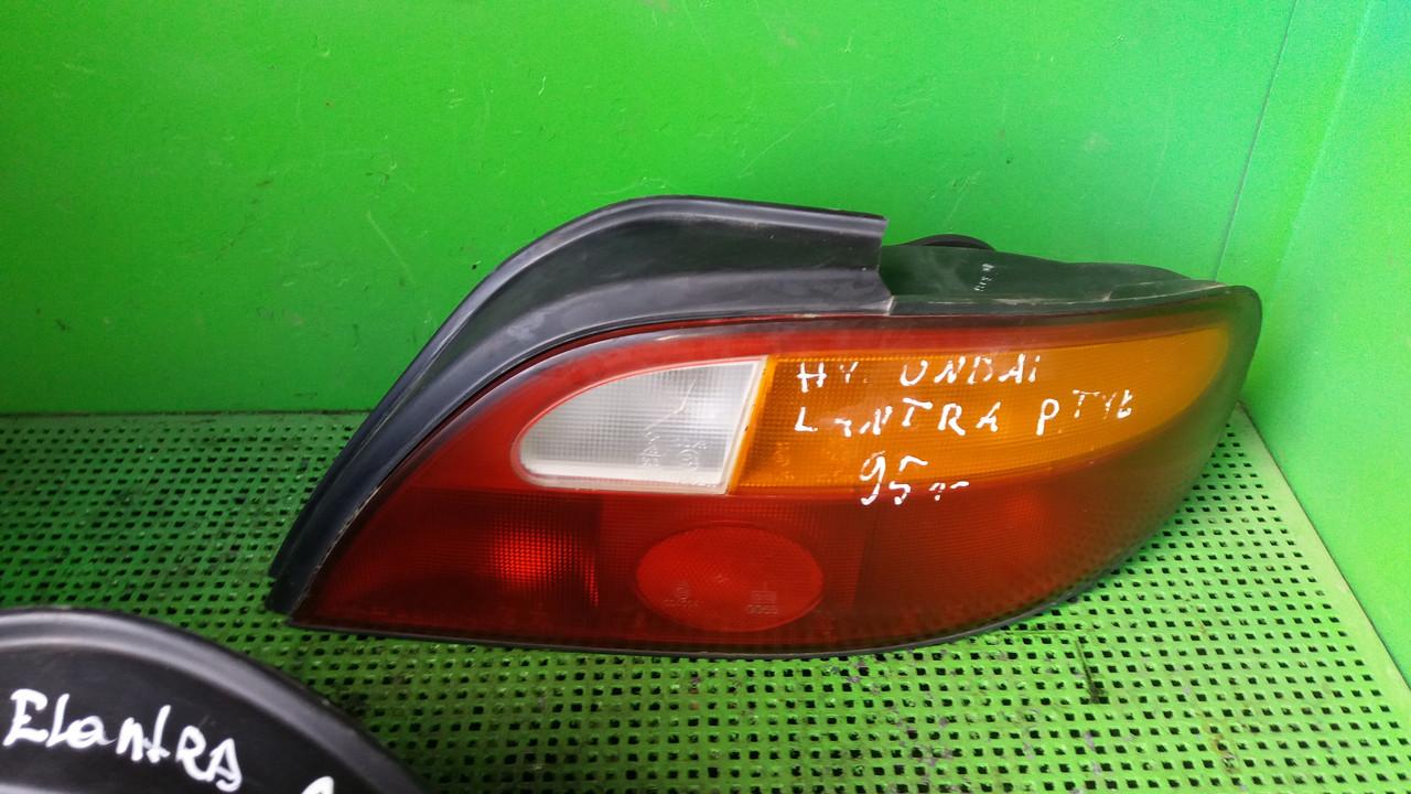 Ліхтар задній правий лівий для Hyundai Lantra 1995 Sedan