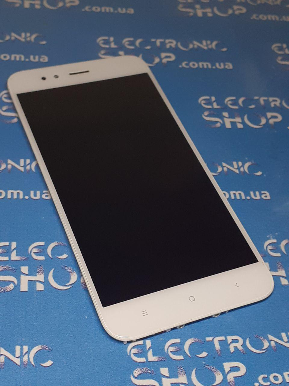 Модуль сенсор и дисплей белый Xiaomi Mi A1, Mi 5X, MDG2, MDI2  оригинал б.у.