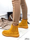 Женские демисезонные ботинки с резиновыми вставками из эко замши, фото 4