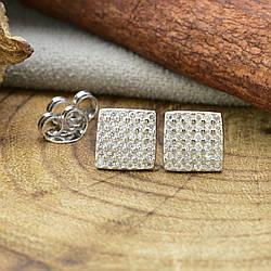 Серебряные серьги-гвоздики ТС520170б размер 7х7 мм вставка белые фианиты вес 1.47 г