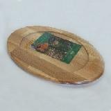 Доска 350*240*20/210мм деревянная с выемкой для подачи блюда Кедр