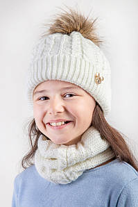 Вязаний комплект з помпоном для дівчинки - Артикул 2484 оптом