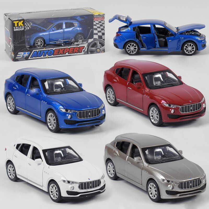 """Машина металлическая 41094 (96/2) """"Auto Expert"""", 4 цвета,  инерция, свет, звук, открываются двери, в коробке"""