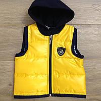 Жилетка детская демисезонная для мальчика с капюшоном Sport 5-8 лет, желтого цвета