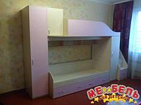 Детская двухъярусная кровать с пеналами, тумбой и лестницей-комодом АЛ7 Merabel
