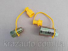 Муфта разрывная евро клапан двухсторонняя  M22X1,5 (желт.) Євро клапан PL-149