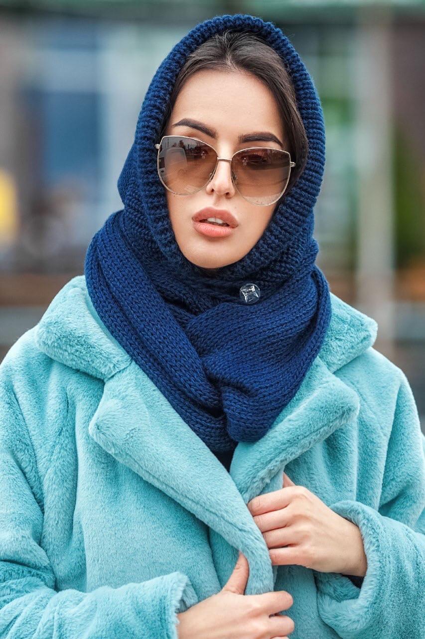 Капор женский вязаный  синий шапка
