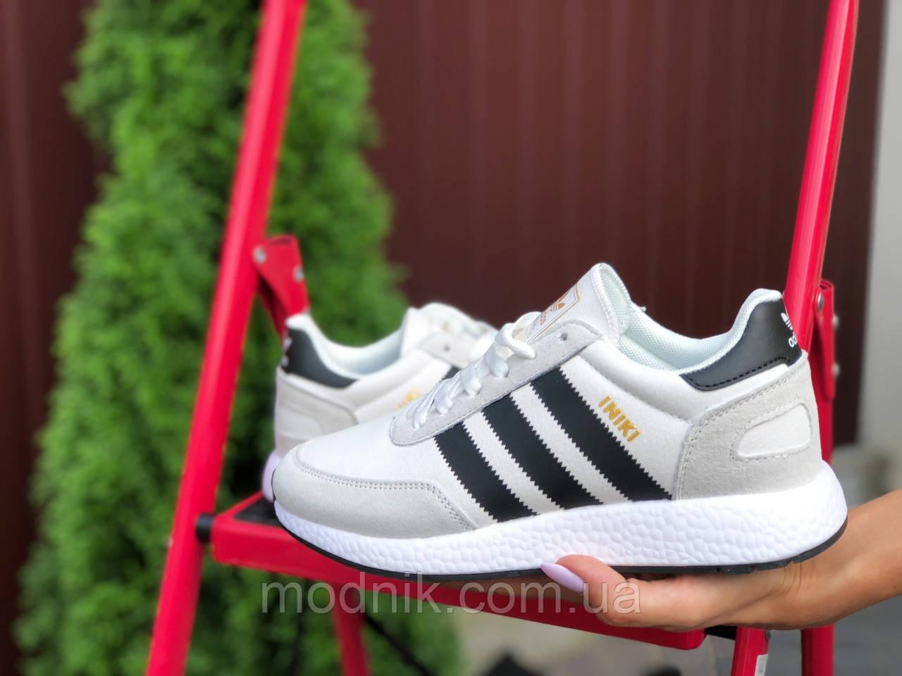 Женские кроссовки Adidas Iniki (бело-черные) 9781