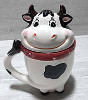 Кружка керамическая с крышкой Веселая коровка 460 мл, фото 1