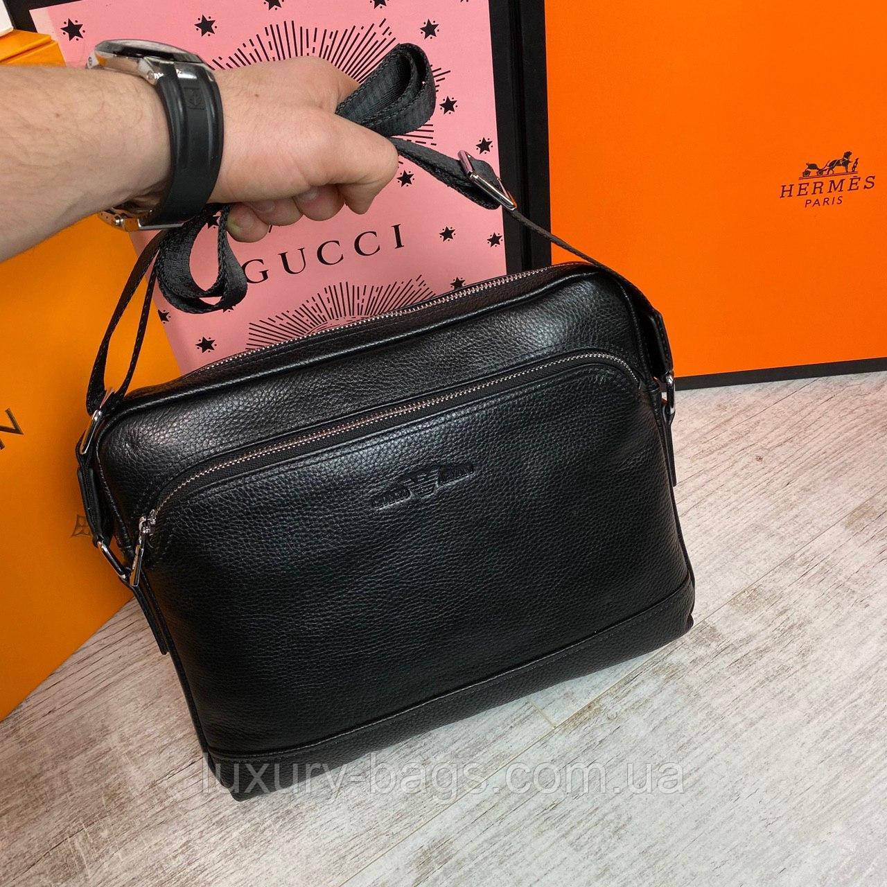Мужская кожаная сумка Giorgio Armani формата А4