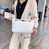 Женская большая классическая сумка шопер на цепочке белая, фото 7