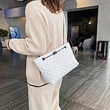 Женская большая классическая сумка шопер на цепочке белая, фото 5