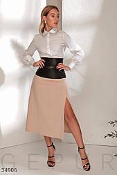 Расклешенная юбка с разрезом