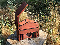 Деревянный декоративный почтовый ящик из натурального дерева.