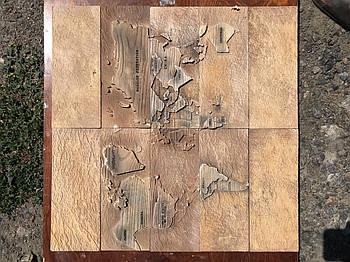 """Форма для декоративного каменю і плитки """"Карта Світу"""" на 6 плиток, гумова"""