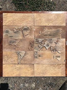 """Форма для декоративного каменю і плитки """"Карта Світу"""" на 8 плиток, гумова"""