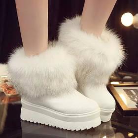 Женские ботинки белые