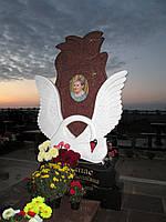 Памятник из гранита Лебедь и роза