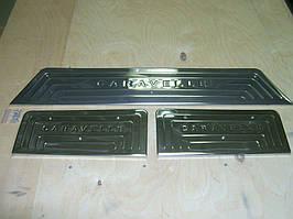 Volkswagen T5 Caravelle 2004-2010 рр. Накладки на внутрішні пороги (Omsa, нерж) 4 порогу