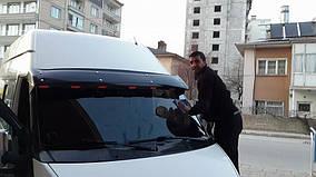 Ford Transit 2000-2014 гг. Козырек на лобовое стекло (черный глянец, 5мм)