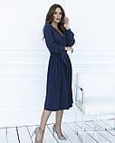 Темно-синее приталенное платье с плиссировкой, фото 2