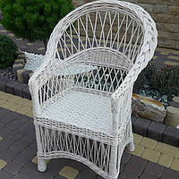Плетеное кресло из лозы в белом цвете, фото 1