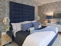 Двуспальная кровать с мягкой панелью, фото 1