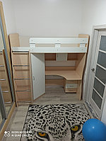 Кровать чердак со столом и шкафом Каприз