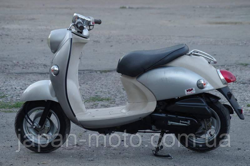 Скутер Yamaha Vino 4Т (серый)