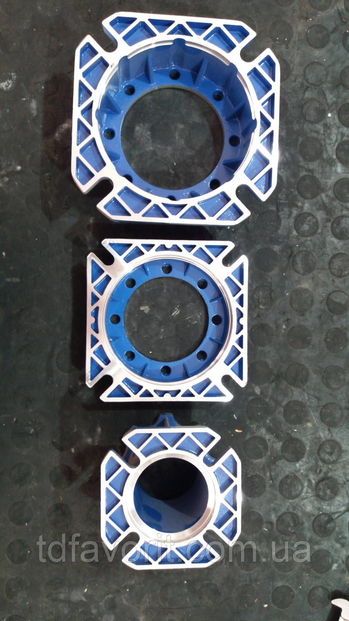 Фланец крепежный тип FA червячных редукторов NMRV 030