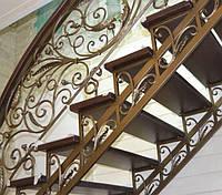 Металлическая кованная лестница для дома