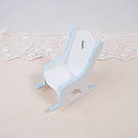 """1:12 Миниатюра """"Деревянное кресло качалка белый с голубым"""" 8.2*4*3.5 см"""