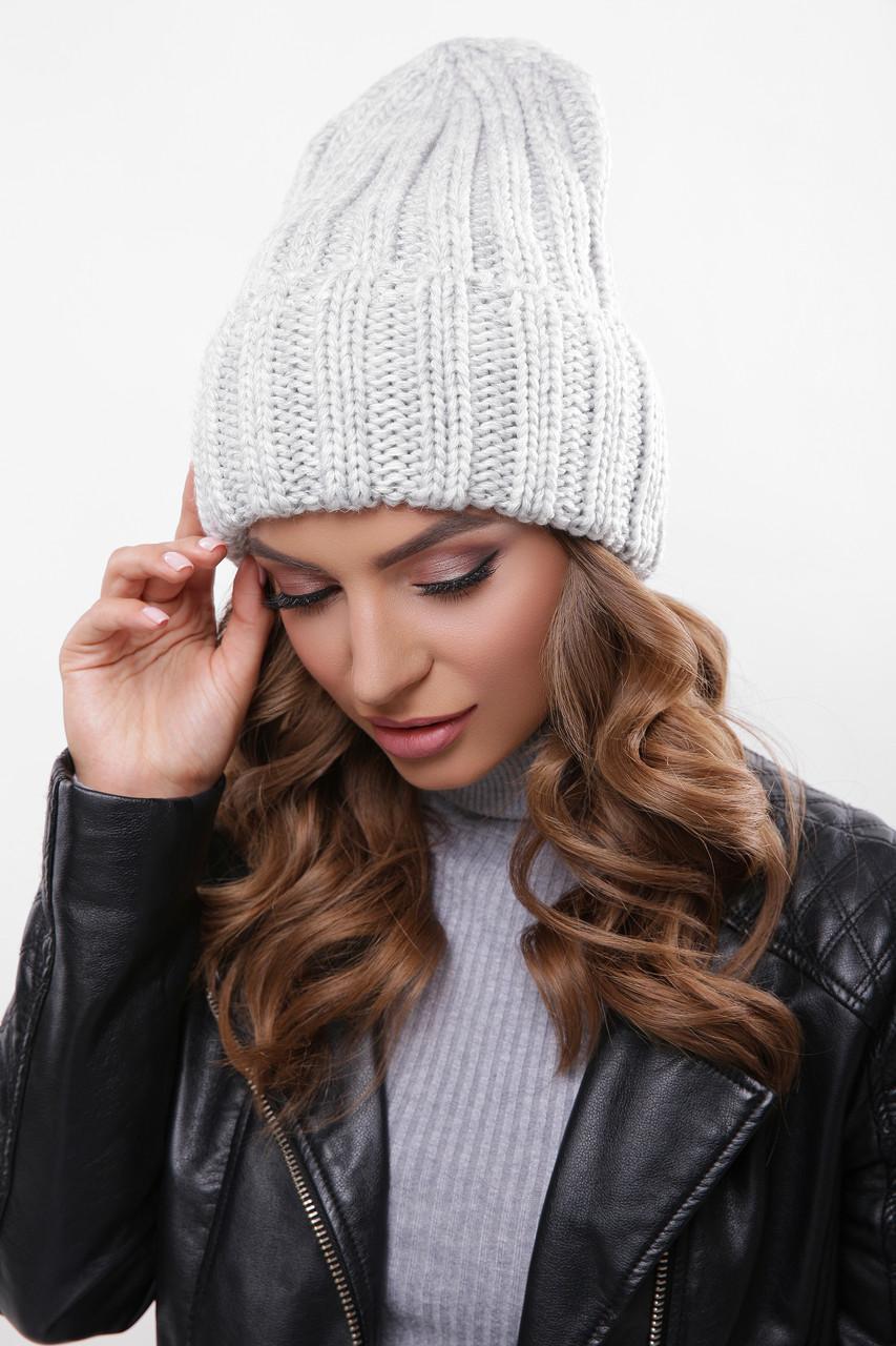 Женская шапка с подворотом светло серая