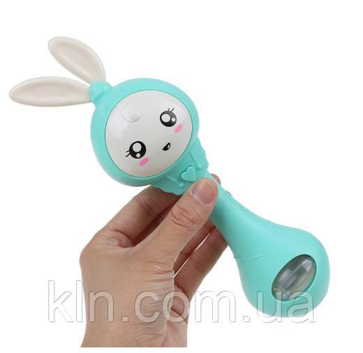 Музыкальная погремушка игрушка зайчик (цвет зеленый) DT015