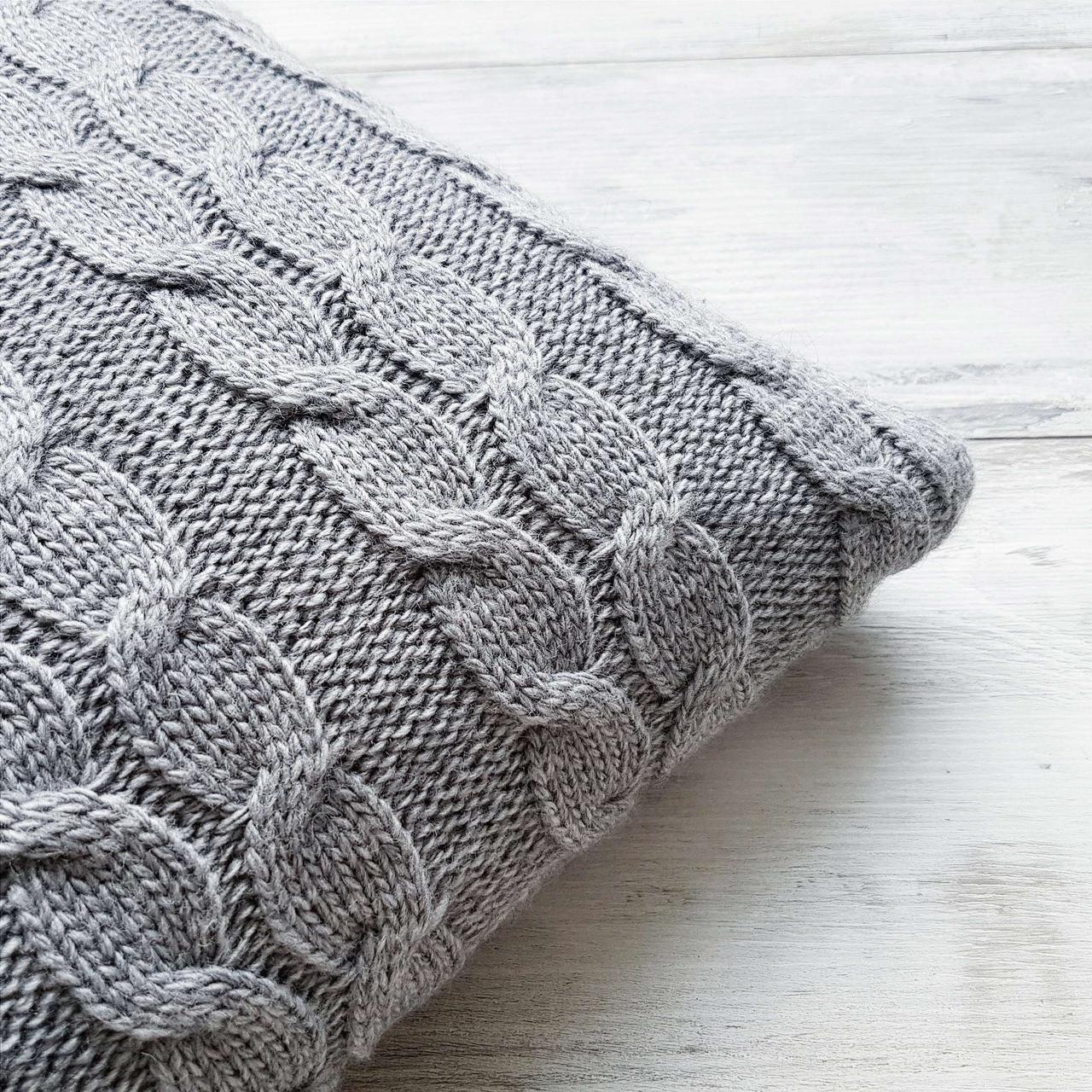 Чехол для подушки Ohaina вязаный косы 40х40 Steel Grey