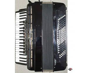 WELTMEISTER S4 Аккордеон готово-выборный, 120 басов, 15 регистров, 4 подбородники