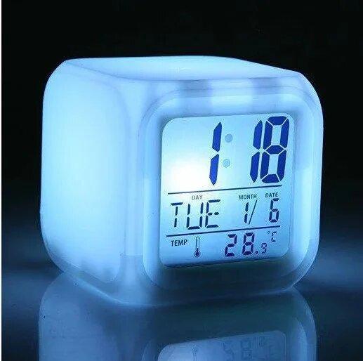 Настольные часы кубик хамелеон CX-508