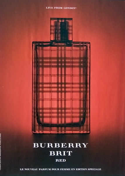 Burberry страна производитель софия рудьева фото