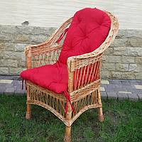 Плетеное кресло из лозы в комплекте из подушкою красного цвета, фото 1