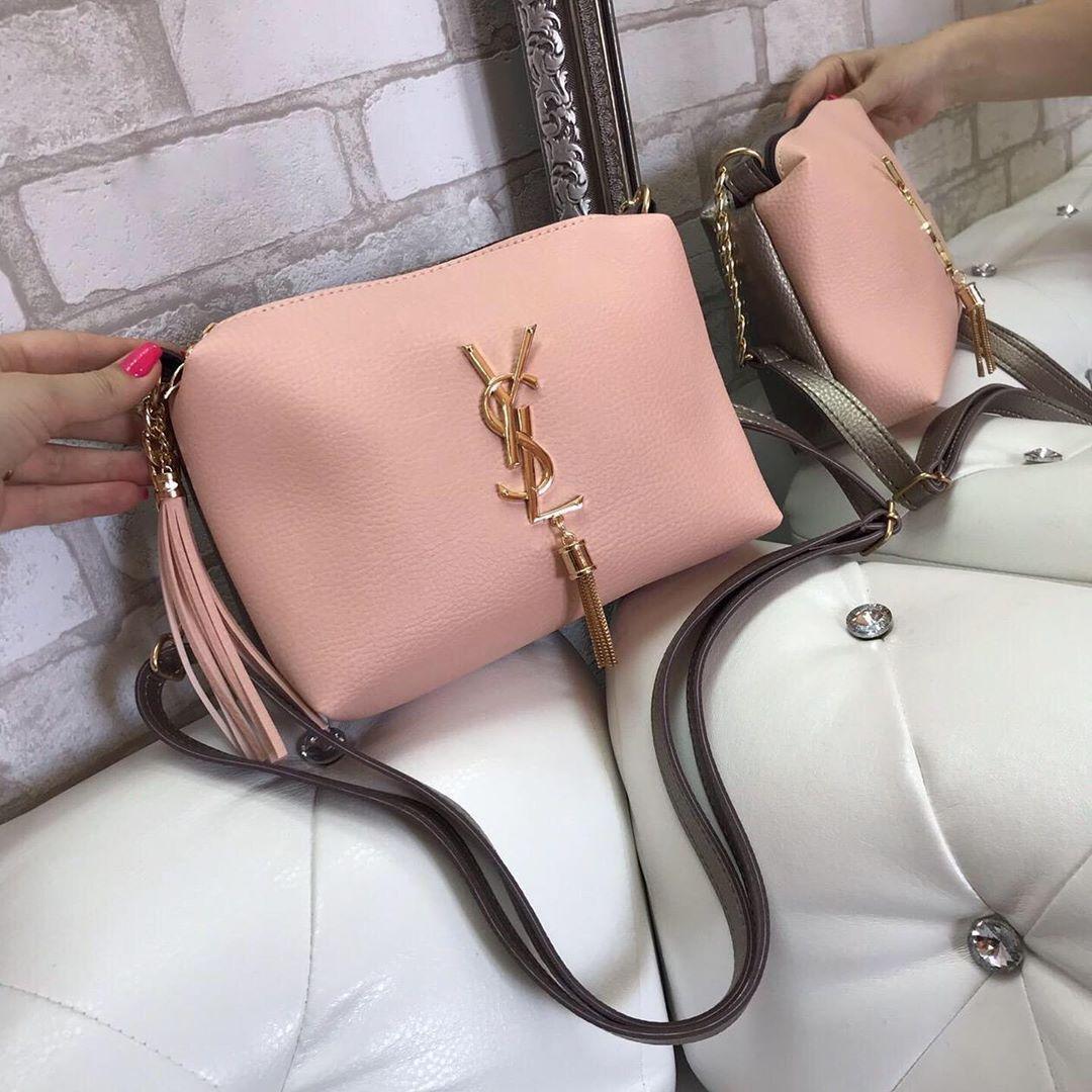 Розовая женская сумка на цепочке небольшая сумочка через плечо пудра кожзам