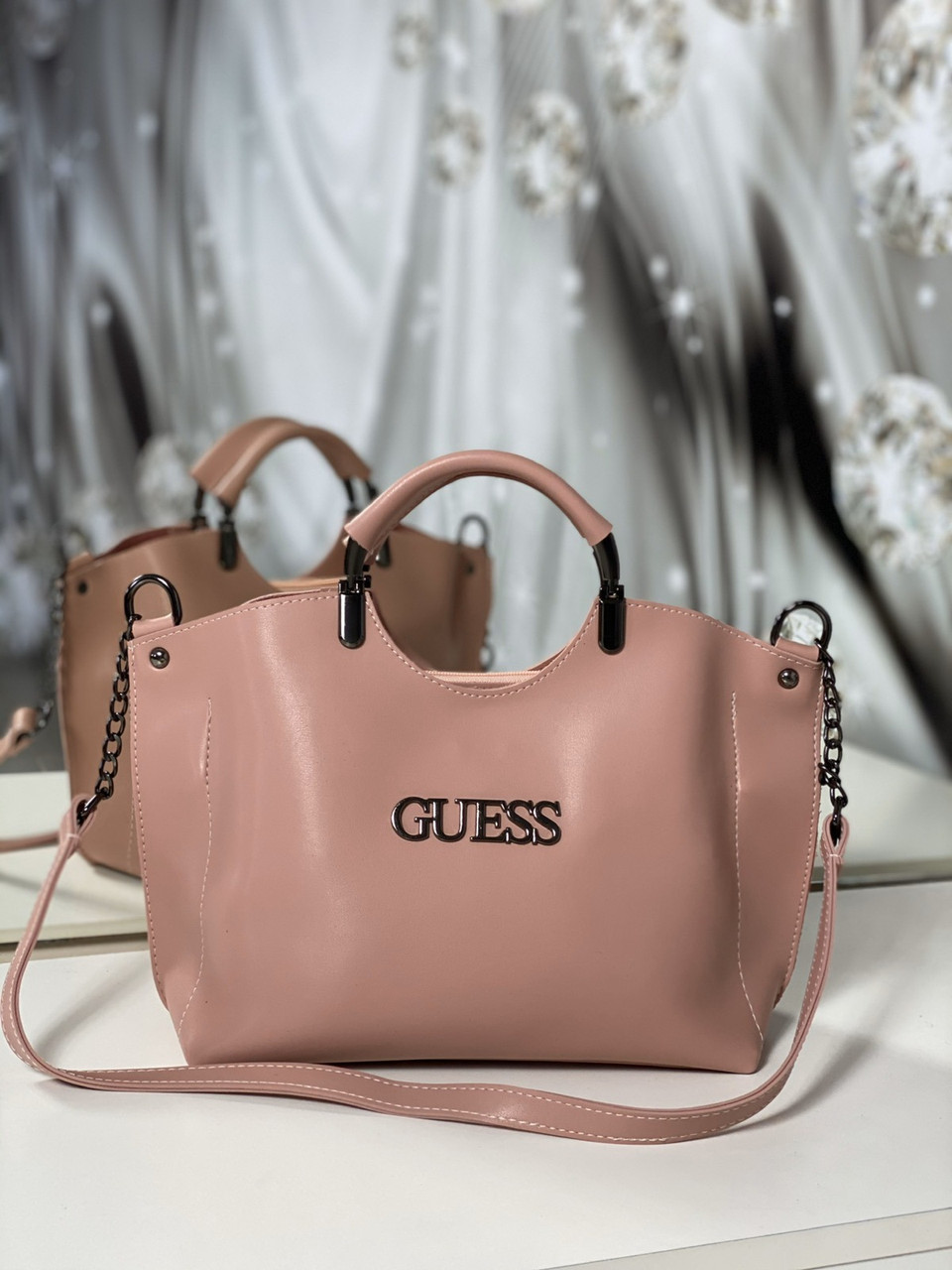 Женская сумка небольшая на плечо модная городская сумочка шоппер пудровая экокожа