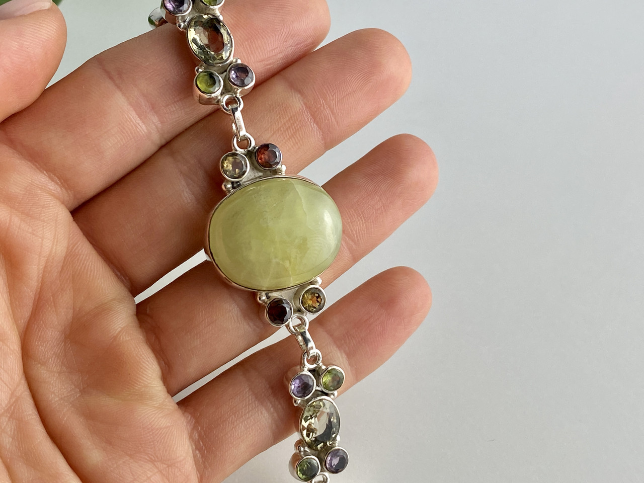 Серебряный браслет с натуральными камнями Радуга
