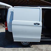 Двері права бічна зсувний Mercedes Benz Vito 447