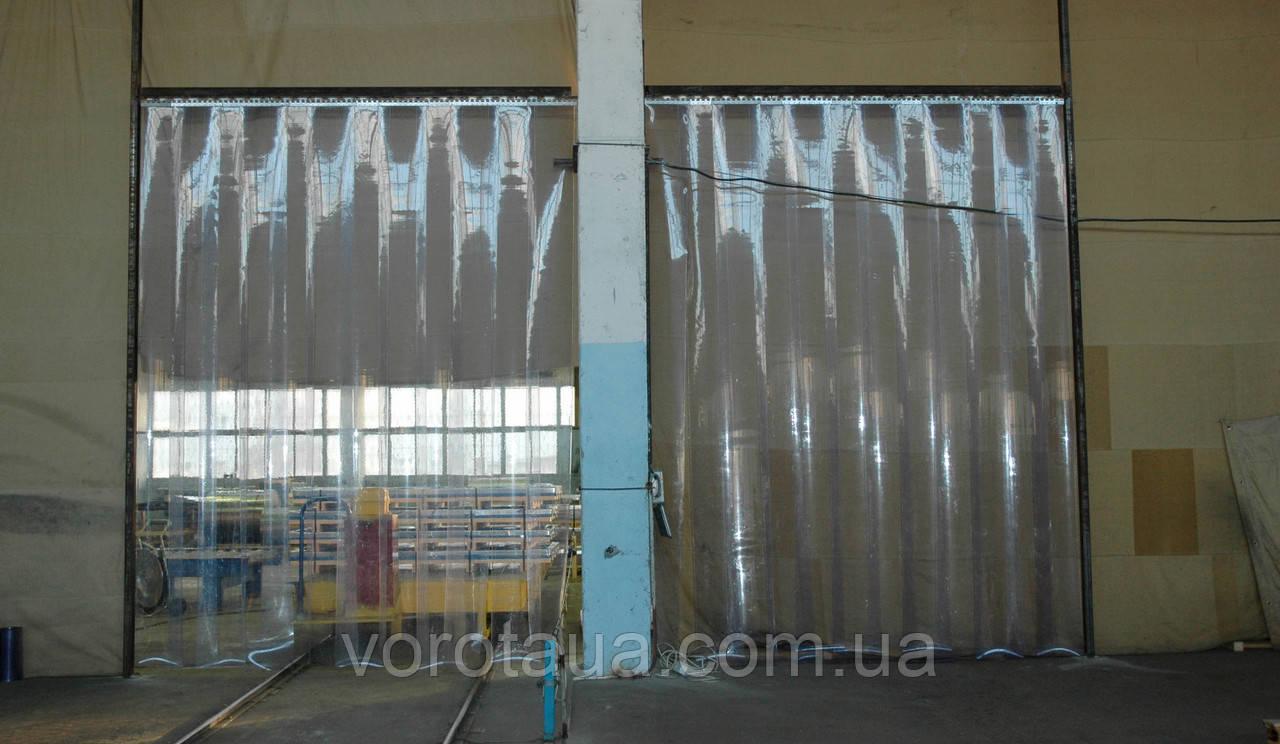 Пленочные полосовые ПВХ завесы прозрачная гладкая 1,5х200