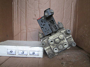 №39  Б/у Блок управления ABS  265200047 для Opel Omega A 1986-1993